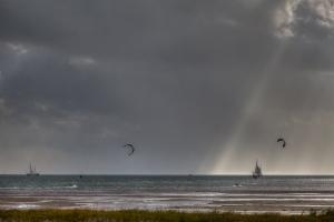 Kite Surfing - JA027727 (HDR)
