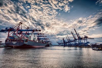 Hafen Hamburg - JA029543 (HDR)