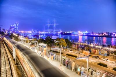 Hamburg Blue Port 2014 - JA032218 (HDR)